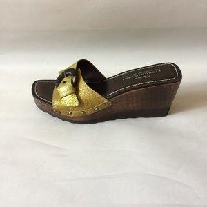 Donald J Pliner Couture Slip on Wedge